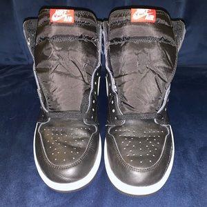 Air Jordan Retro 1s High , Black and White
